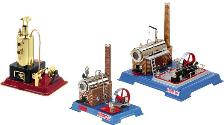 Til dampmaskiner i model